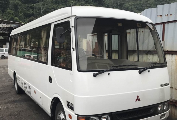 Macau 20 Seater Coach